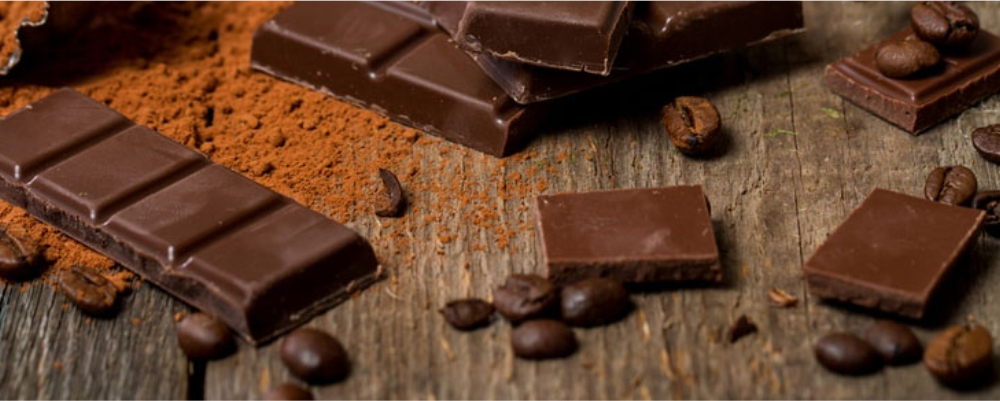 Dark-Chocolate-are-High-Fat-Foods-That-Are-Actually-Super-Healthy