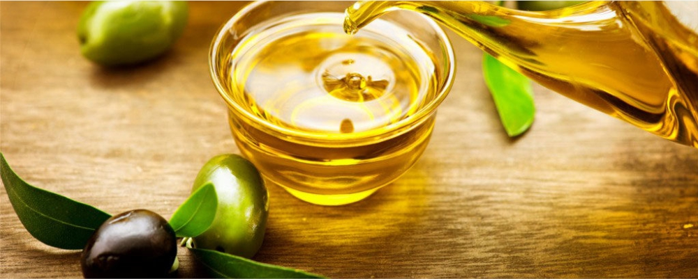 Extra-Virgin-Olive-Oil-are-High-Fat-Foods-That-Are-Actually-Super-Healthy